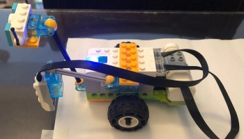 Programming Language Comparison For Lego Wedo 2 0 Spike And Mindstorms Ev3 The Coding Fun