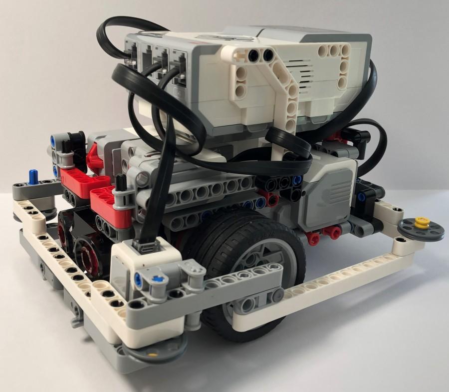 LEGO EV3 model - droid bot 2